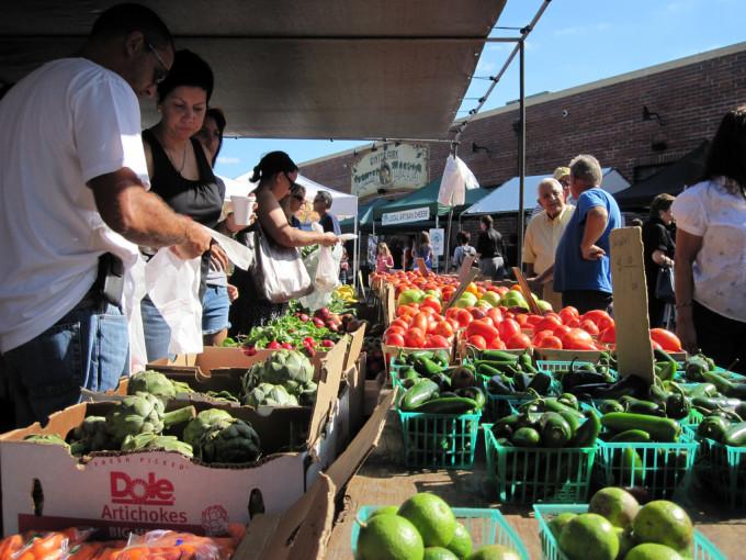 Winter-Park-Florida-Farmers-Market-Meagan-Perosha-680x510